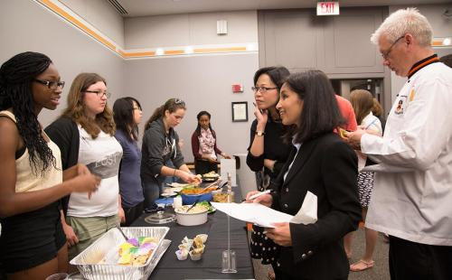 """ENG 232/AAS 223: """"Food, Literature and the American Racial Diet"""""""